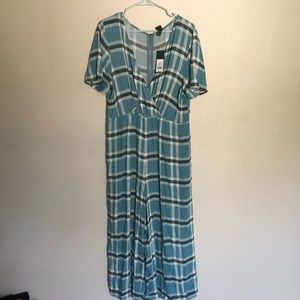 Wild fable plaid jumper romper large NWT